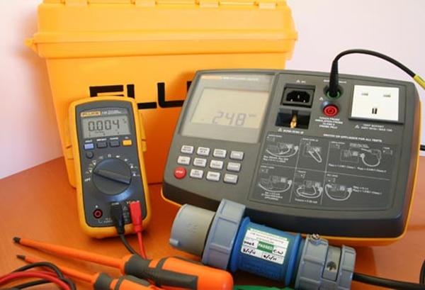 electrical PAT testing equipment